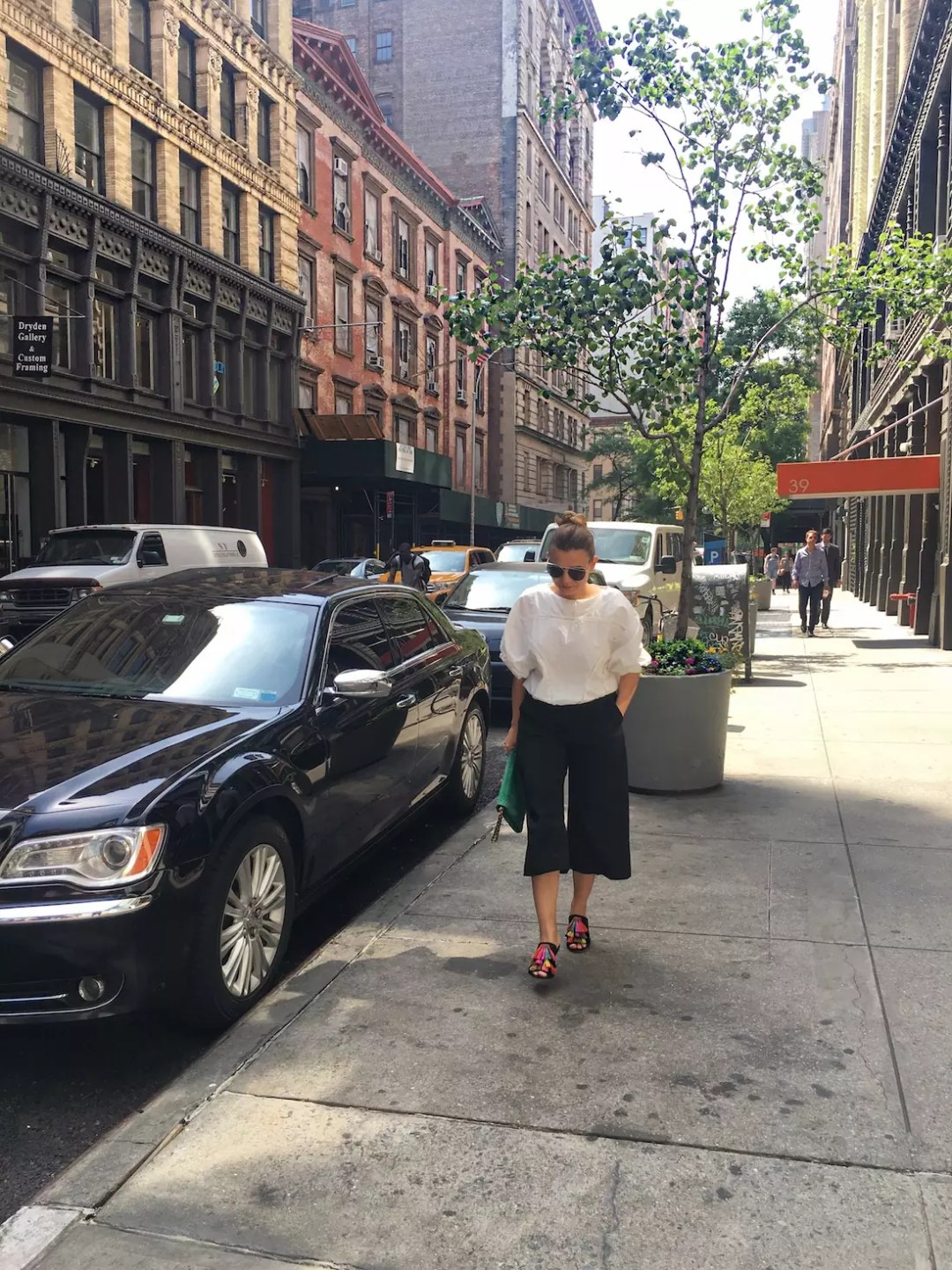 spring-culottes-style-with-fringe-sandals-alley-girl-new-york-blogger-3