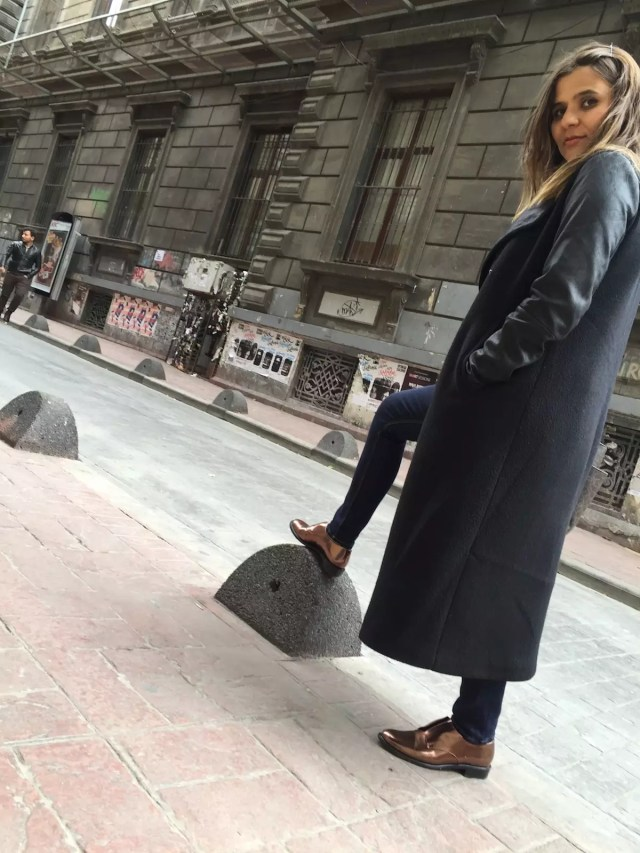 robert-clergerie-in-istanbul-alley-girl-fashion-technology-blogger-4