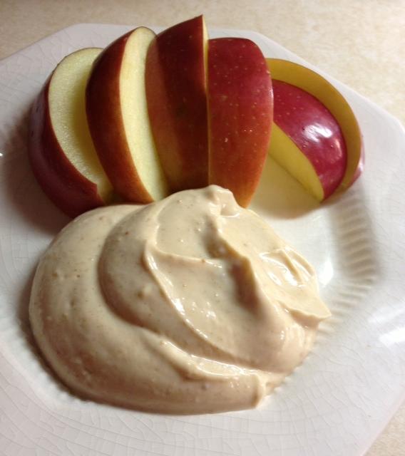 Quickie: Peanut Butter & Cinnamon Greek Yogurt Dip (veg, gf)
