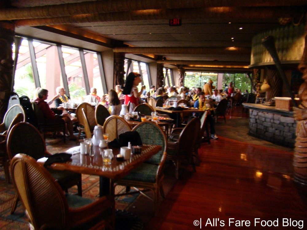 Review: Character Breakfast at Disney's 'Ohana (5/6)