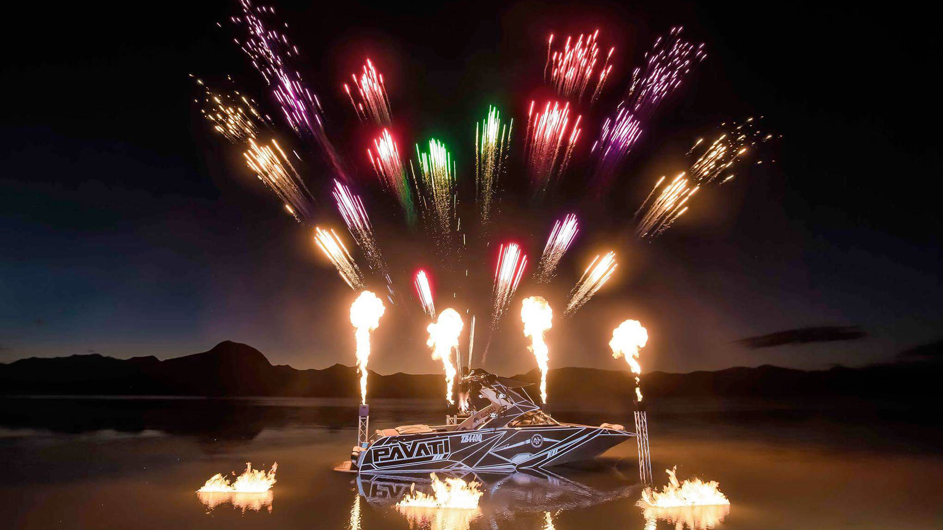 all-fired-up-fireworks-stage-fx-moogerah-dam-pavati-boat