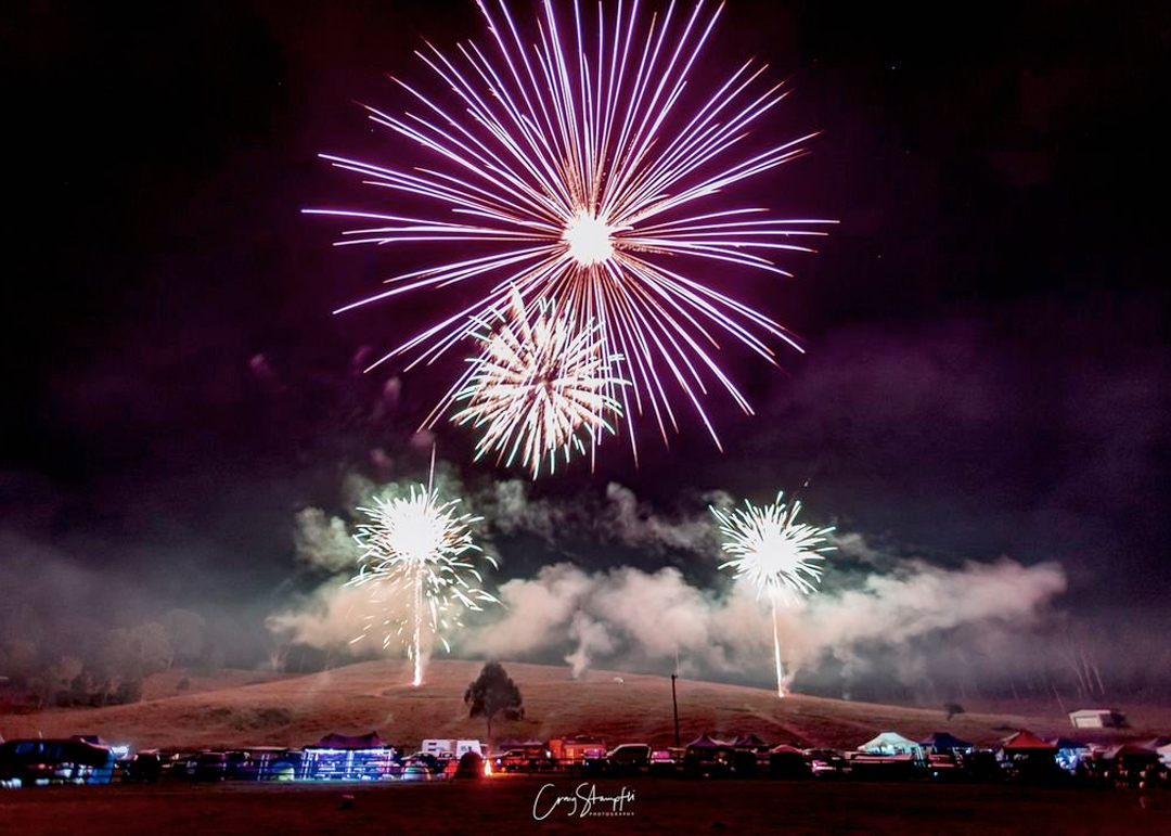 woodenbong-all-fired-up-fireworks-stage-fx-2