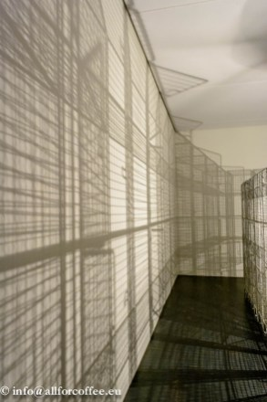 "Mona Hatoum - ""Light Sentence"" 1992"