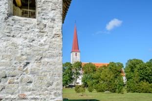 Kihelkonna kirik ja kellatorn