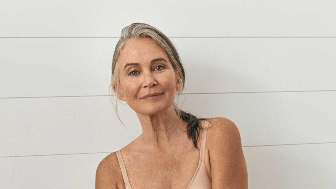 Best Bras For Older Women | Buying Guide