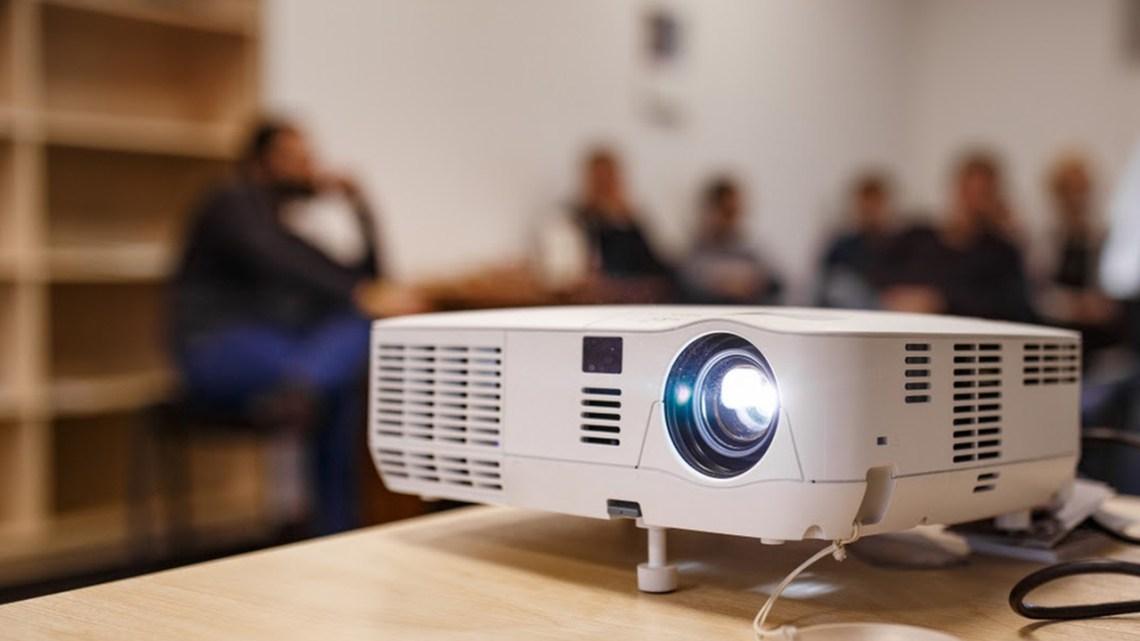Top 10 Best Projectors in 2021