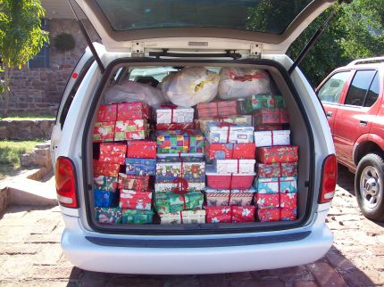 We arrived with our van loaded with Christmas shoeboxes and stuffed animals!