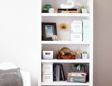 Bookshelf styling tips for high traffic areas.