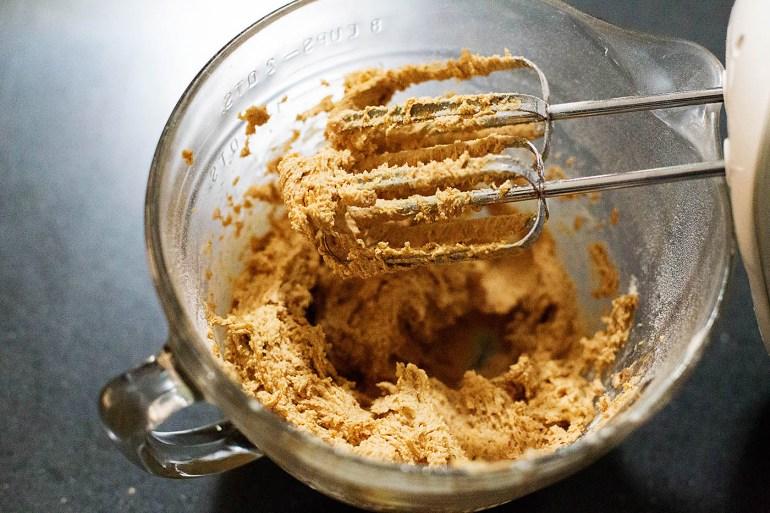 Pumpkin pancake chocolate chip cookies (made gluten free or not) so easy using pumpkin pancake mix!