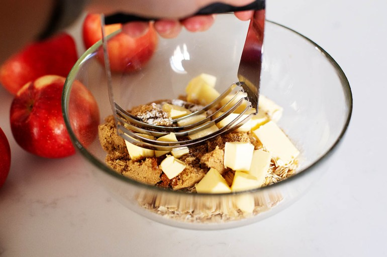 The BEST gluten-free apple crisp recipe