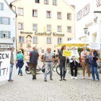 Touris protestieren gegen AfD