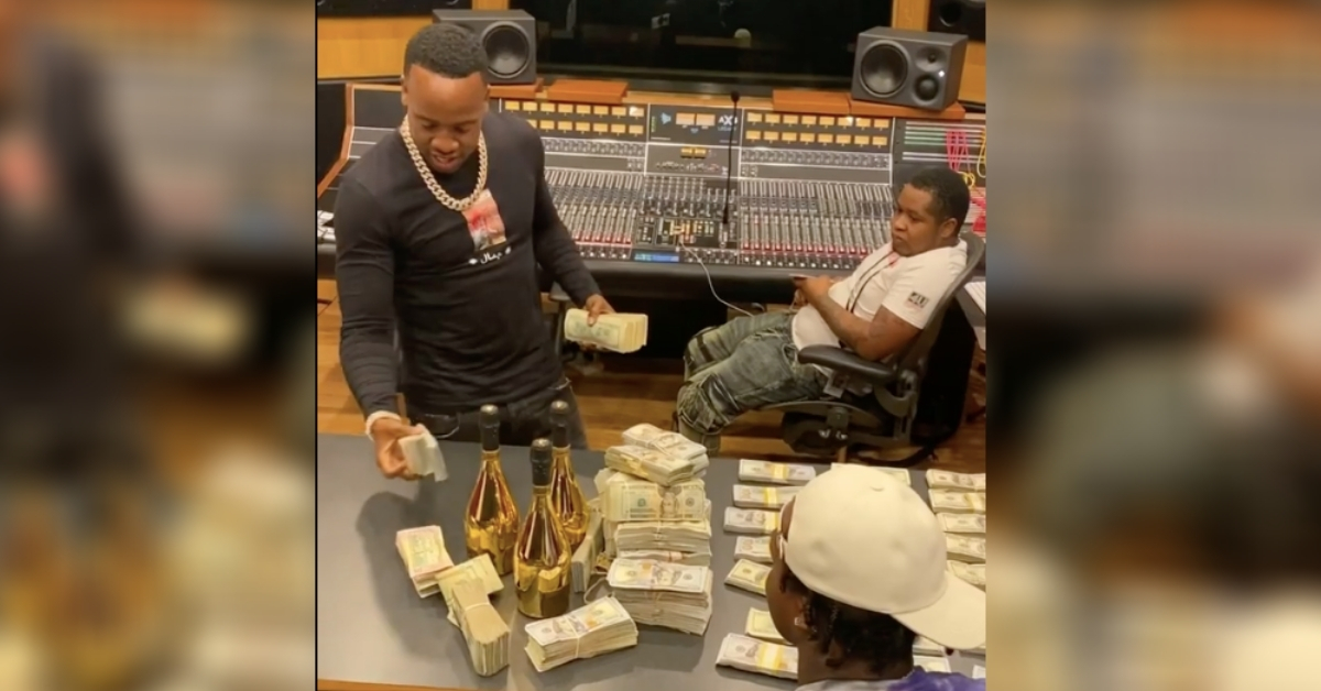 Watch Yo Gotti Count Out $750K Advance For New Artist EST Gee