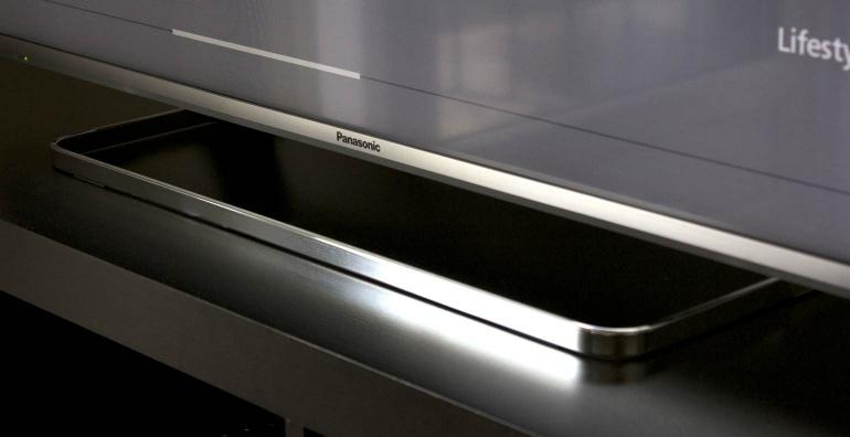 Panasonic CS630E review design