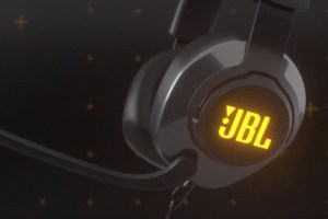 JBL Quantum 400 headphones