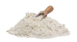 farine bio de blé ancien sur meule de pierre