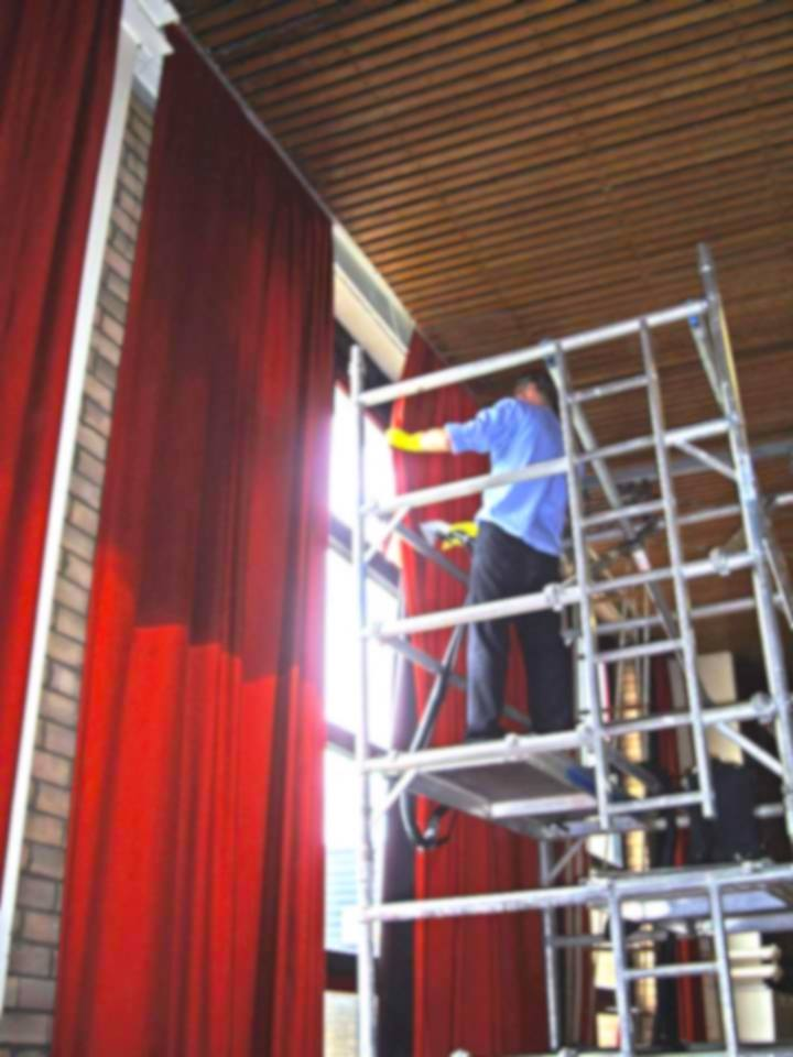 curtain cleaning liverpool manchester