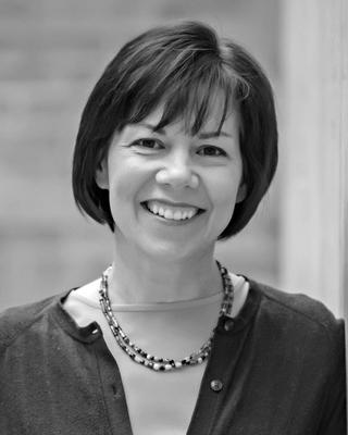 Elizabeth Finlinson, Clinical Social Work/Therapist