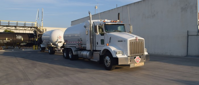 Used Kenworth T800 truck and trailer