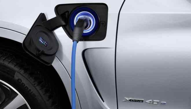 BMW-to-introduce-one-plug-in-hybrid-per-quarter