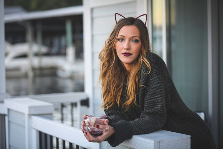 katie-cassidy-cat-ears-1