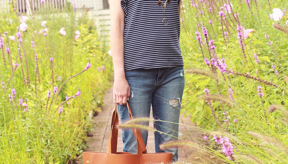A Banana Republic Ruffle Tee and a day in north port new york