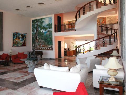 Casa Turquesa lobby