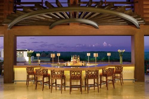 Dreams Riviera Cancun lobby bar