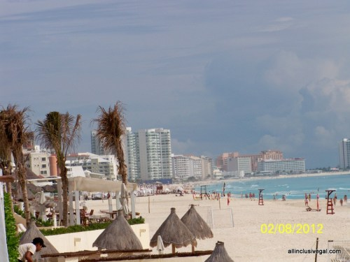 Live Aqua Cancun beach