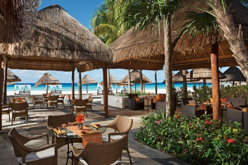 Dreams Sands Cancun sushi and ceviche bar