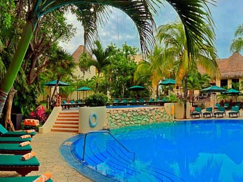 Royal Club pool, courtesy Occidental Resorts