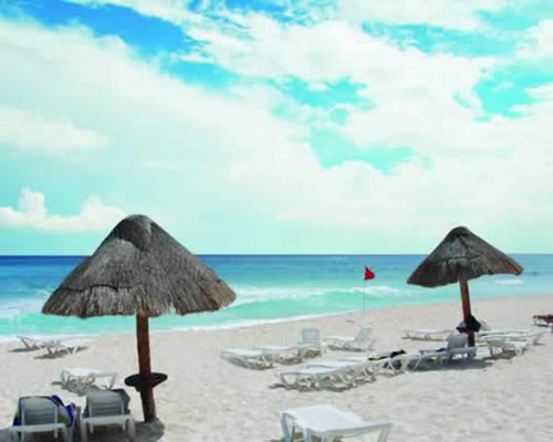 Solymar Cancun Beach Resort beach