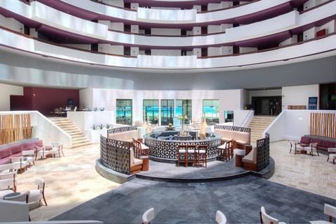 Krystal Grand Punta Cancun lobby bar