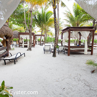 The Royal Suites Yucatan beach bali beds