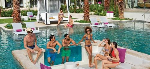 Breathless Riviera Cancun Energy Pool