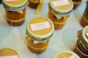 honey cakes jars