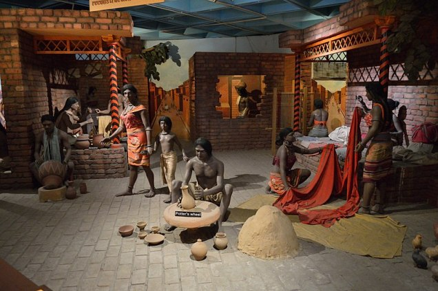 800px-Indus_Valley_Diorama_-_Indian_Science_and_Technology_Heritage_Gallery_-_National_Science_Centre_-_New_Delhi_2014-05-06_0806