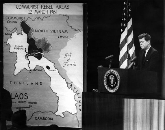 571px-The_President's_News_Conference,_23_March_1961