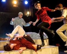 στιγμιότυπο από την παράσταση