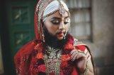 """""""Decidí dejarme la barba y seguir adelante, en contra de las expectativas de la sociedad de cómo se debe ver una mujer. Hoy no tengo tendencias suicidas, y no me hago daño. Hoy soy feliz viviendo como una joven y hermosa mujer barbuda. Me he dado cuenta de que este cuerpo es mío, soy dueña de él y no tengo otro en el cual vivir así que debo amarlo incondicionalmente"""".- Harnaam Kaur (esta es la descripcion para la foto de la mujer con barba"""