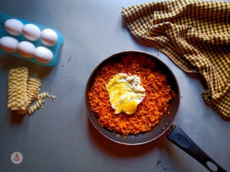 egg masala maggi