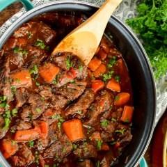 slow cooker braised steak and vegetables
