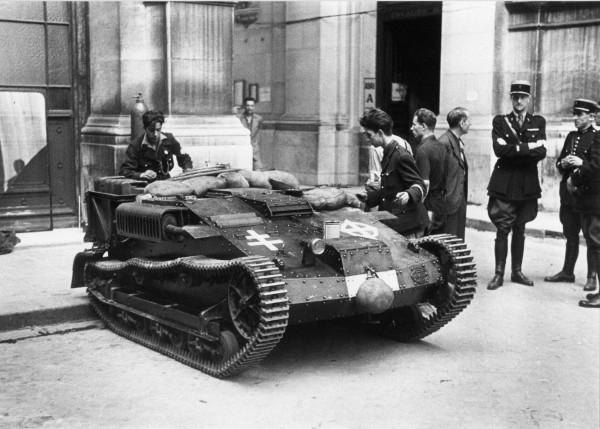 Petit char Renault pris par les FFI aux allemands. © Coll.Gandner, Musée Général Leclerc