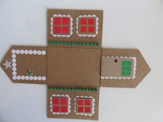 17. maison en carton