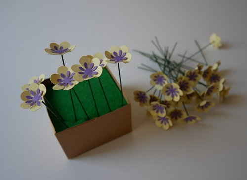3. CRAFT spring paper flowers