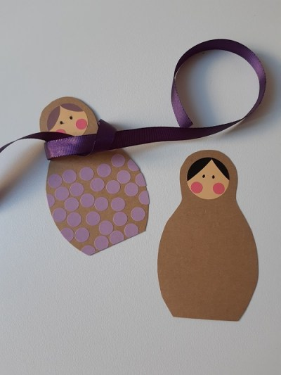 7.DIY paper matriochkas
