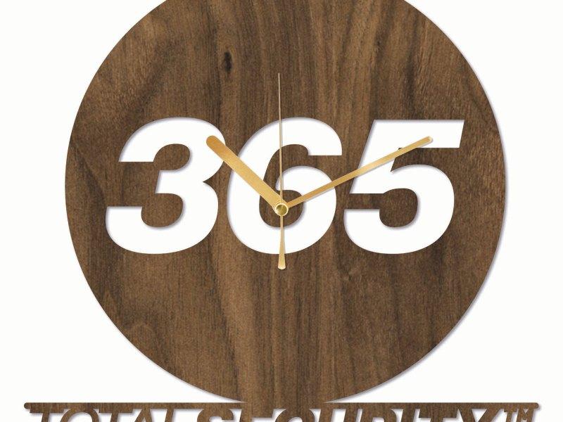 365 Total Security Clock