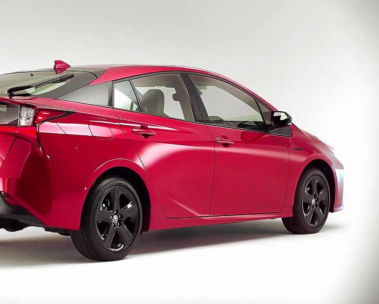2022 Toyota Prius with its new exterior concept