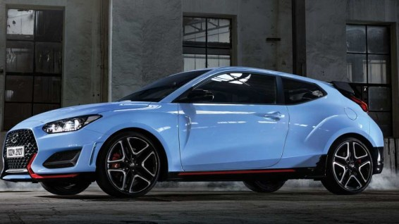 2021 Hyundai Veloster with new exterior design