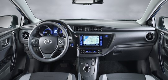 2021 Toyota Auris Steering Wheel and Infotainment features