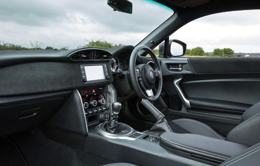 2021 Toyota GT-86 with new cabin design